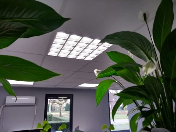 LED PANEEL GRILLE 60X60CM UGR13-4093